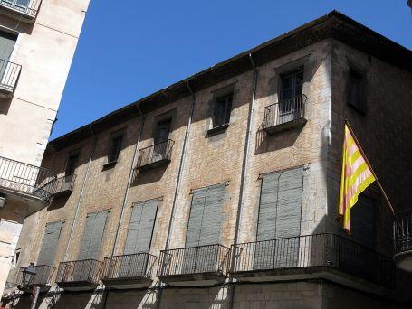 Vista parcial de la façana de la casa Pérez-Xifra, c. 2009 (Foto: http://www.catalunya.com)