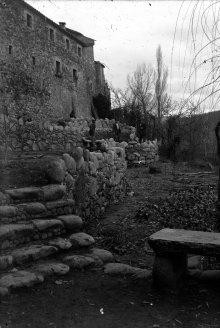 Vista parcial de can Ribes, a la Cellera de Ter, 1918 (ACGAX. Fons Sadurní Brunet Pi. Autor: Sadurní Brunet)