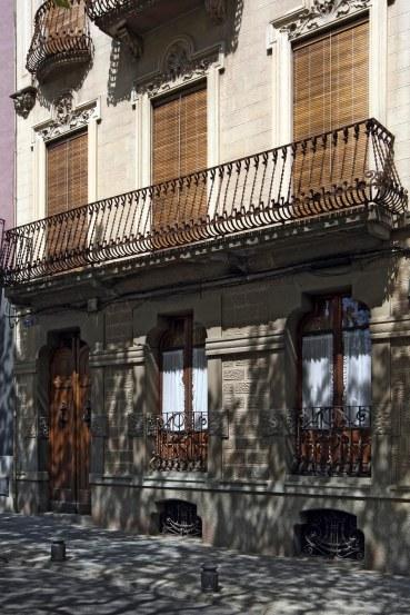 Vista parcial de la casa Riera, a Olot, 2018 (ACGAX. Col·lecció d'imatges de l'ACGAX. Autor: Quim Roca)