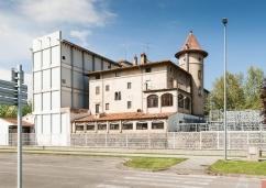 Vista general de la casa Caminals o torre de can Gou, 2018 (ACGAX. Col·lecció d'imatges de l'ACGAX. Autor: Quim Roca)