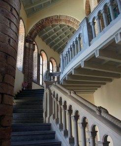 Vista parcial de l'interior de l'església nova de Santa Maria del Collell, a Sant Ferriol, 2018 (Foto: www.catalunyamedieval.es Autor: Ricard Balló)