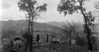 Vista general del poble de Begudà, 1919 (ACGAX. Fons Sadurní Brunet Pi. Autor: Sadurní Brunet)