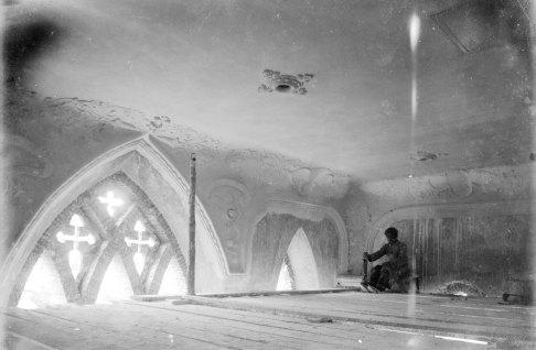 Interior de l'església de la Divina Providènci,a en procés d'obres, 1924 (ACGAX. Fons Sadurní Brunet Pi. Foto: Sadurní Brunet)