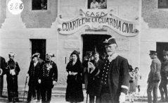 Inauguració de la caserna de la Guàrdia Civil, 1916 (ACGAX. Fons: Col·lecció d'imatges de Josep M. Dou Camps. Autor desconegut)