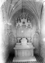 Maqueta de l'oratori de Can Gussinyer, a Castellfollit de la Roca, 1916 (ACGAX. Fons Sadurní Brunet Pi. Autor: Sadurní Brunet)