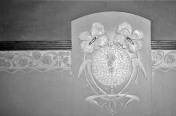 Vista de detall de la decoració d'un arrambador de la casa Hostench, c. 1989 (Foto: arxiu família Aramburo Hostench)