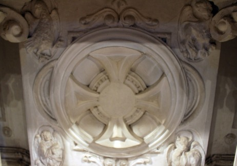 Vista de detalll de l'altar major de l'església de Santa Eulàlia, a Begudà, 2017 (Arxiu d'imatges de l'Ajuntament de Sant Joan les Fonts)