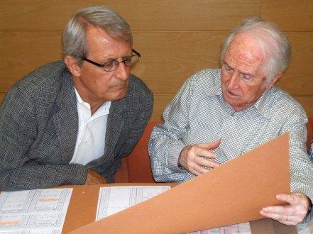 Acta de signatura del conveni de donació del Fons Sadurní Brunet Pi, 2005 (ACGAX. Col·lecció d'imatges de l'ACGAX. Autor: Quim Roca)