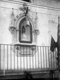 Capelleta del Sagrat Cor al carrer de Sant Bernat, a Olot, 1921 (ACGAX. Fons Sadurní Brunet Pi. Autor: Sadurní Brunet)