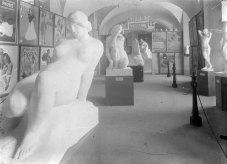 Sala d'exposició del Museu d'Olot, 1917 (ACGAX. Fons Sadurní Brunet Pi. Autor: Sadurní Brunet)