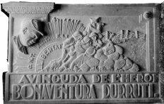 Placa de l'avinguda de Bonaventura Durruti, 1938 (ACGAX. Fons Sadurní Brunet Pi. Autor: Sadurní Brunet)