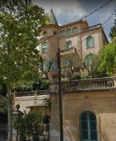 Vista parcial d'una casa situada a l'avinguda Tibidabo, número 71, a Barcelona, 2018