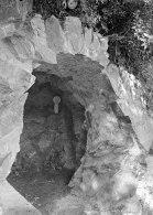 Vista de detall de la intervenció paisatgística a l'exterior de can Ribes, a la Cellera de Ter, 1918 (ACGAX. Fons Sadurní Brunet Pi. Autor: Sadurní Brunet)