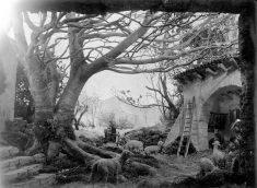 Pessebre fet per Sadurní Brunet i els seus fills, c. 1940 (ACGAX. Fons Sadurní Brunet Pi. Autor: Sadurní Brunet)