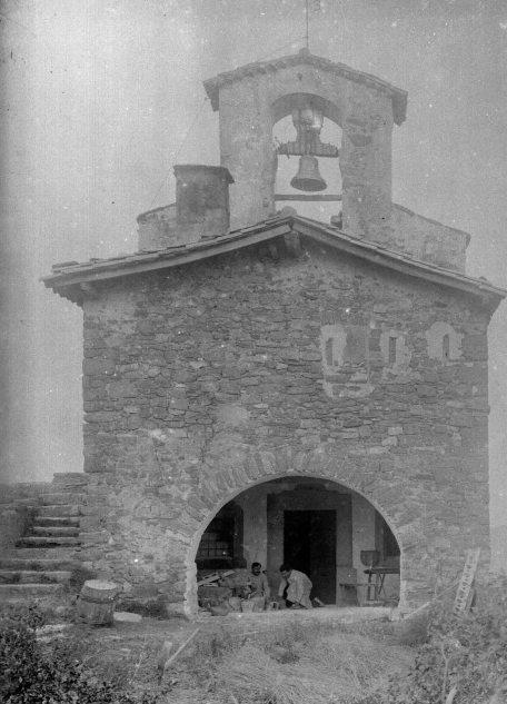 Església de la Mare de Déu del Cos, a Montagut, c. 1947 (ACGAX. Fons Sadurní Brunet Pi. Autor: Sadurní Brunet)