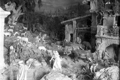 Vista de detall del pessebre encarregat per Miquel Sargatal Homs, a Ripoll, 1935 (ACGAX. Fons Sadurní Brunet Pi. Autor: Sadurní Brunet)